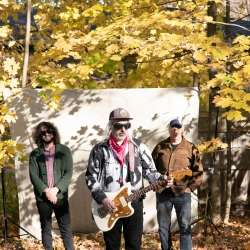 """Dinosaur Jr. Share New Single, """"Take It Back""""<span>'Sweep It Into Space', Out April 23rd</span>"""